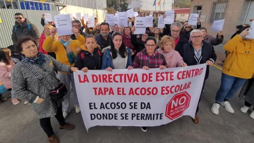 Denuncia que su hijo sufrió acoso escolar en un colegio de Marín