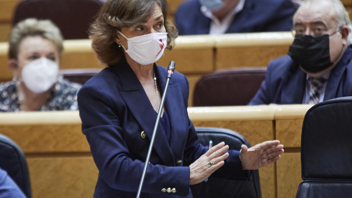 La vicepresidenta primera, Carmen Calvo, durante su intervención este martes en el Senado.