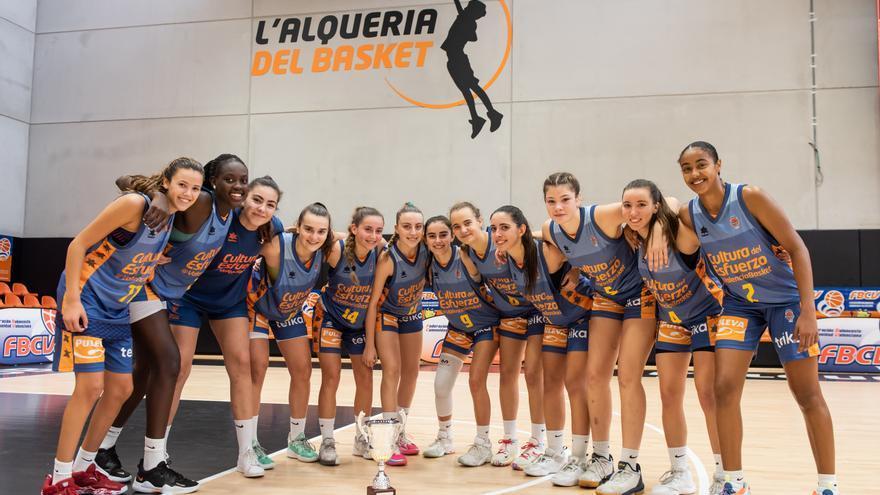 Doble éxito 'taronja' en el Torneo Internacional sub'16 de L'Alqueria del Basket