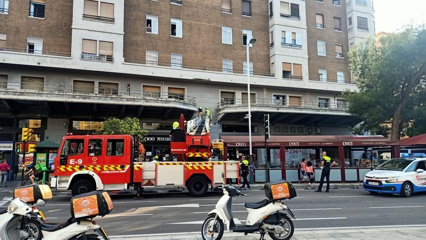 Deterioro de un balcón en Fernando el Católico 2