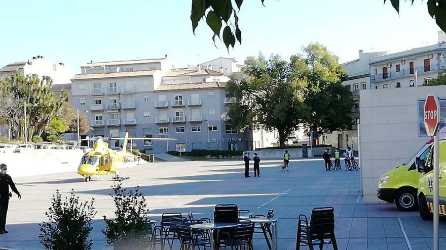 Trasladan en helicóptero a un ciclista de Gandia tras sufrir un infarto en Xàbia