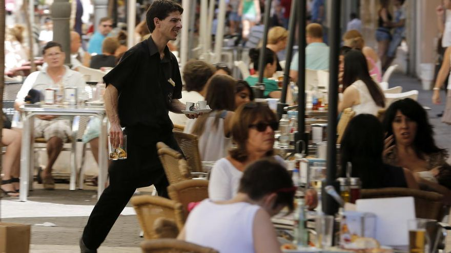 Dónde encontrar empleo esta Semana Santa en València