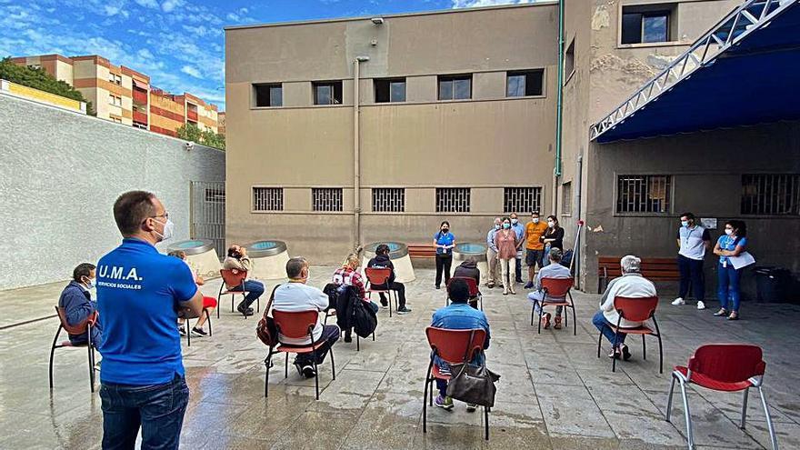 """El Ayuntamiento busca  la """"integración guiada""""  de las personas sin hogar"""