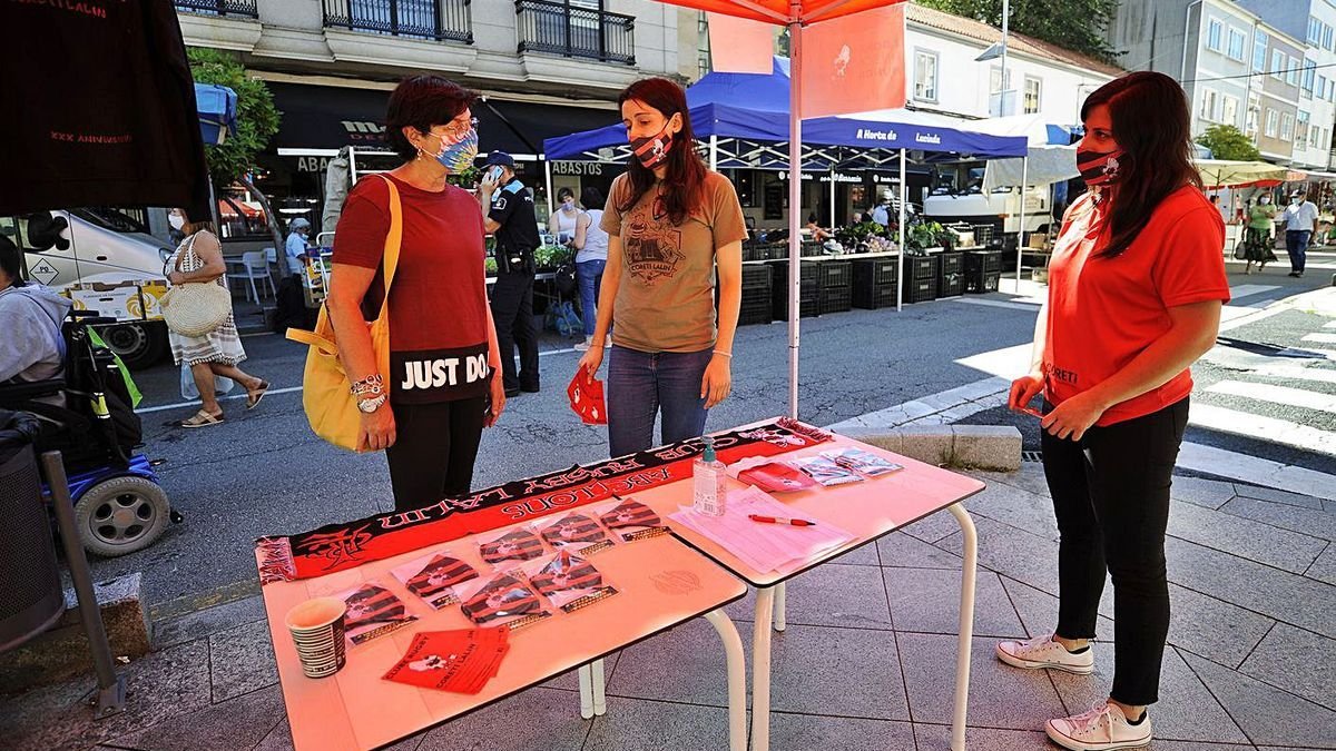 Campaña de captación de abonados del Coreti el pasado mes de septiembre. |  // BERNABÉ/JAVIER LALÍN