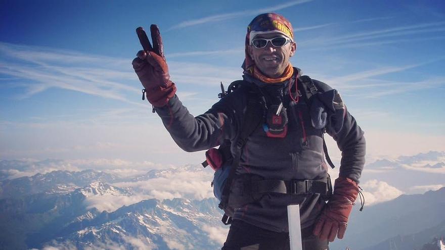 Muere un montañero de Cartagena en Sierra Nevada tras caer por un barranco