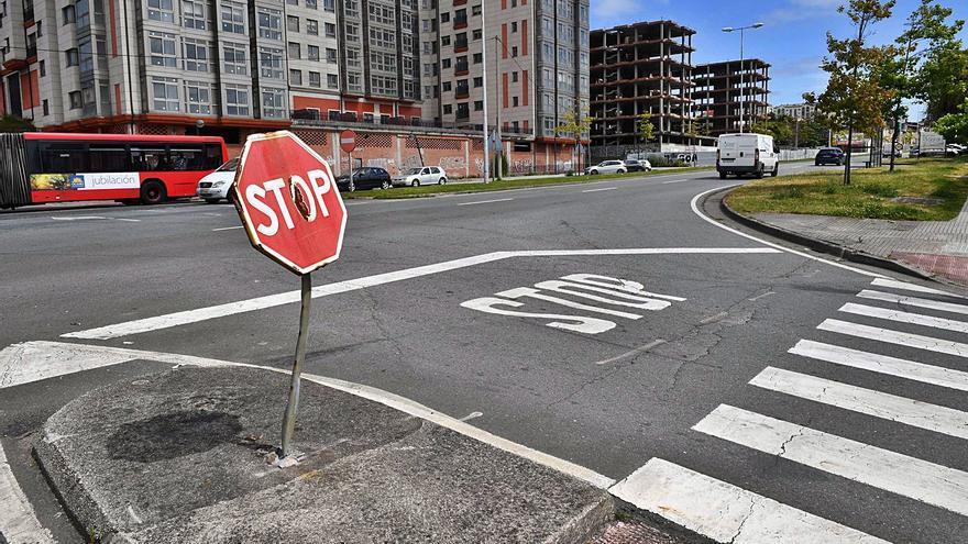 El Concello prioriza construir las rotondas de la avenida de Fisterra a que la Xunta ceda la vía