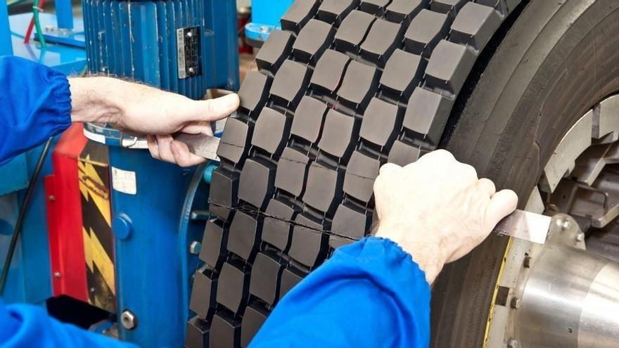 ¿Los neumáticos recauchutados son seguros, o lo barato sale caro?