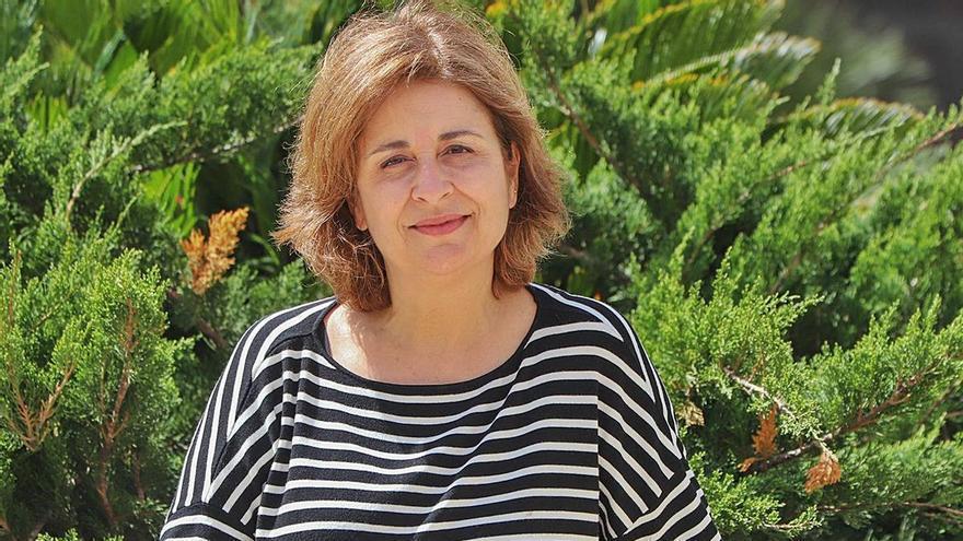 Juana Díez Antón: «Ya tenemos antivirales que funcionan en cultivos de células, el reto es cómo administrarlos»