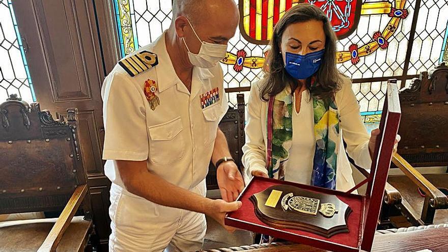 El director de la Escuela Naval se despide de Marín
