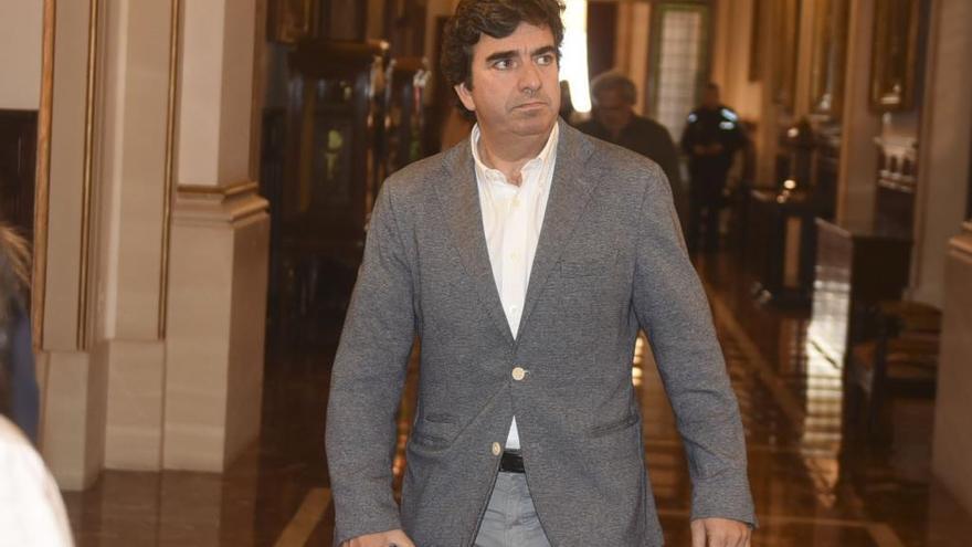 Martín Fernández Prado regresa al Concello como concejal del PP tras la baja de Beatriz Mato