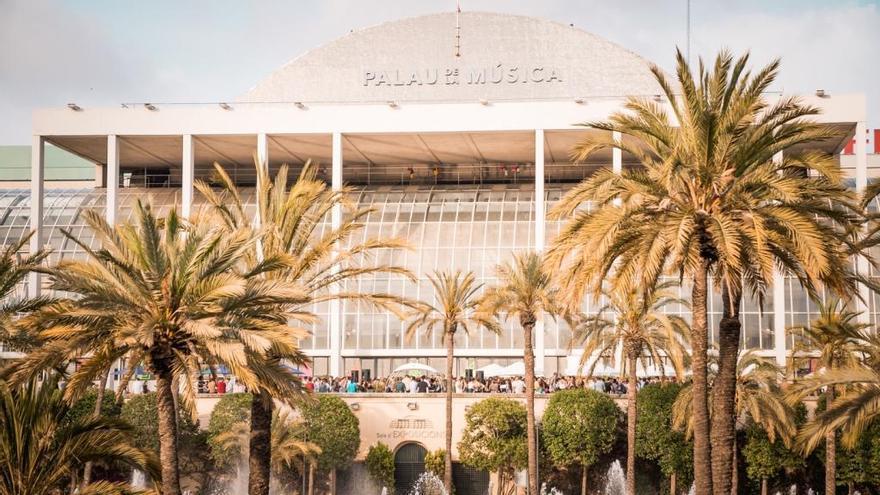 El Palau de la Música recuperará su diseño inicial con la retirada del trencadís
