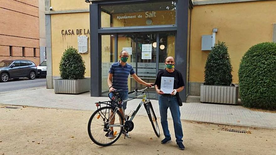 Mou-te en Bici recull 354 firmes perquè Salt aposti per una mobilitat més sostenible