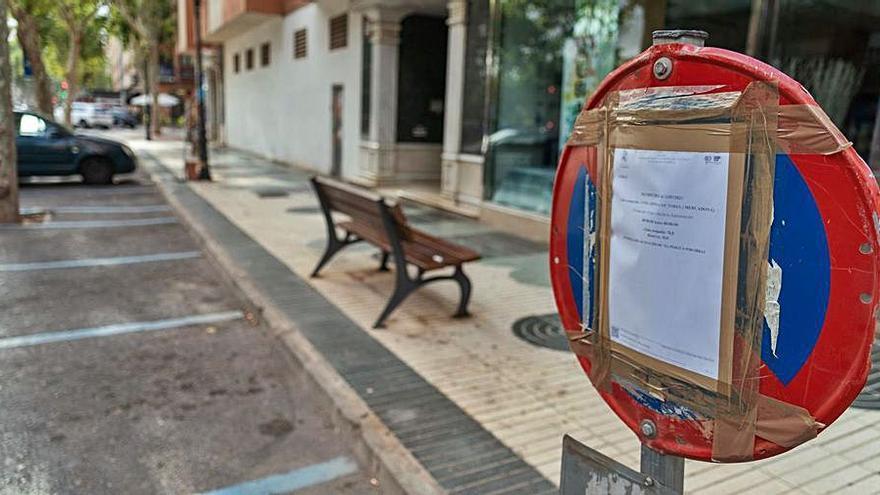 El ayuntamiento repintará la zona de ORA en los aparcamientos del Ensanche