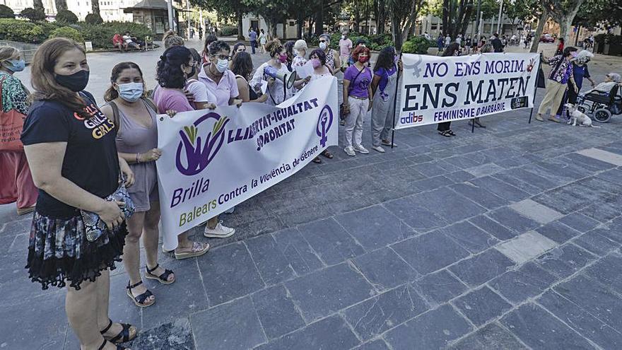 Protesta en Palma por las mujeres asesinadas