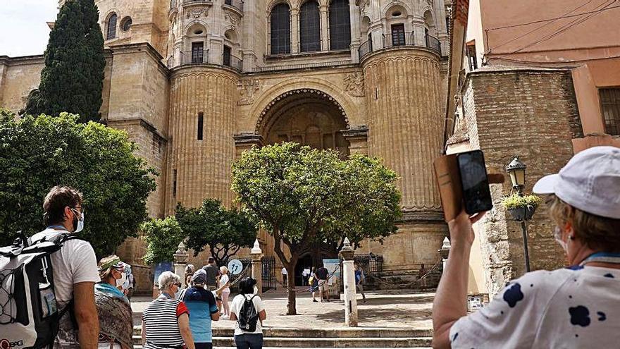 El BBVA mejora la previsión de crecimiento para Andalucía, con un 6,7% más