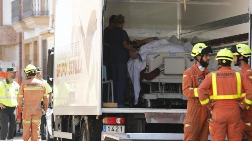 Trasladan a un joven con obesidad mórbida en un camión de mercancías a Turís