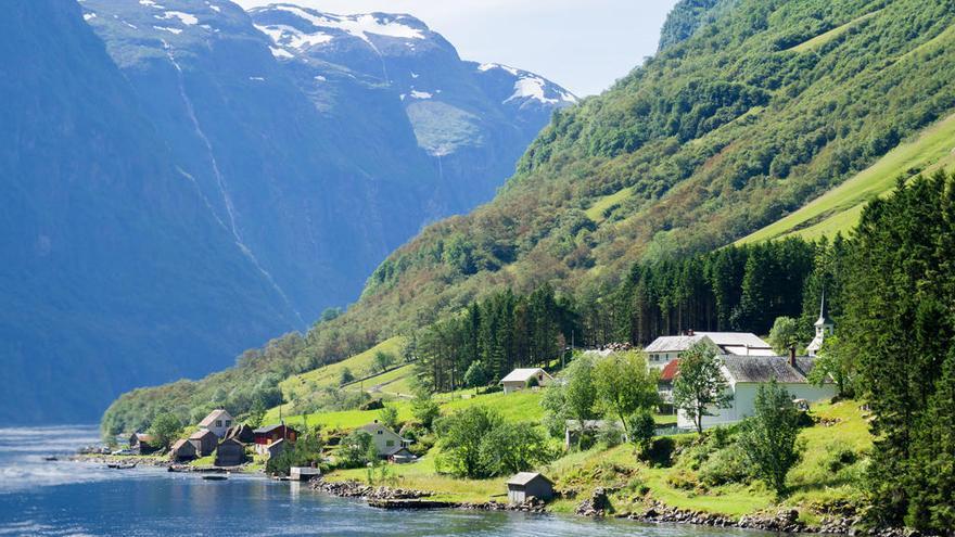 Una autopista para bucear los fiordos noruegos