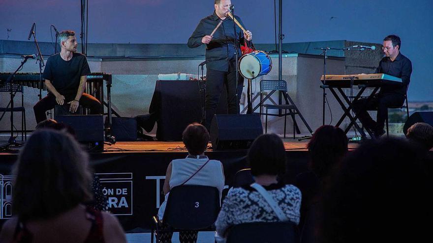 Luis Pedraza muestra la nueva cara del folk
