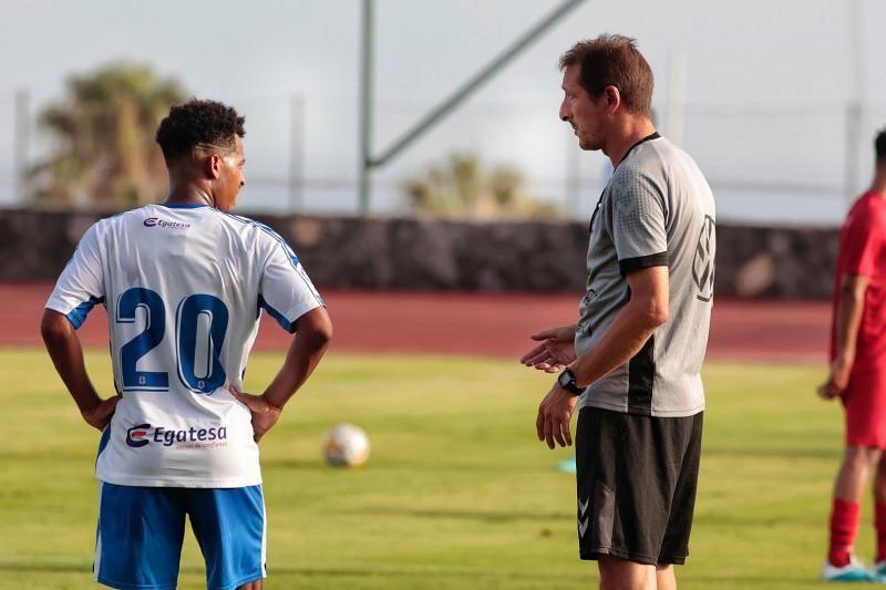 Primer partido amistoso del CD Tenerife, contra el Águilas
