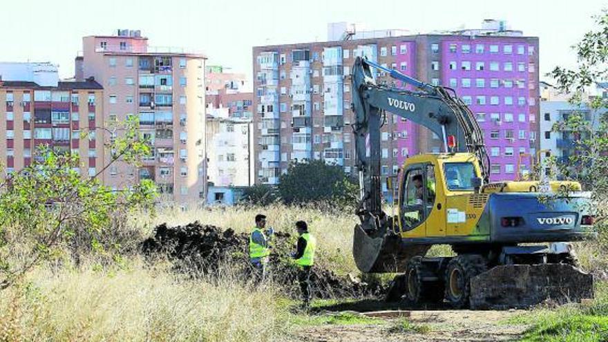 Bosque Urbano alega la falta del informe sobre las aguas en los terrenos de Repsol