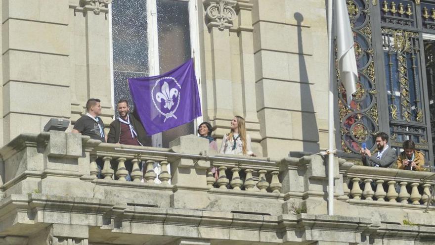 La bandera 'scout' honra a su fundador en María Pita