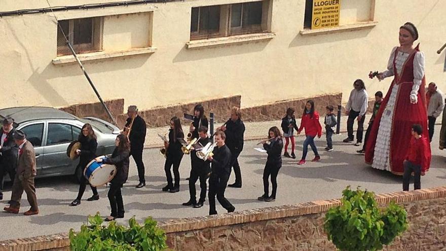 Valls de Torroella trasllada la Festa dels Pubills al mes d'octubre