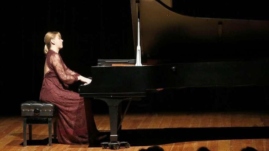 Judith Jáuregui rinde homenaje a Debussy en Vigo