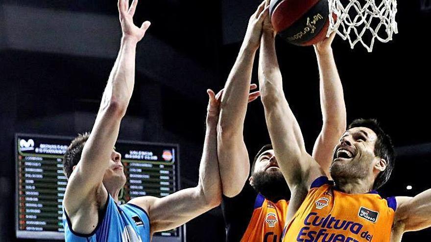 Dubljevic y San Emeterio, los mejor valorados del Valencia Basket