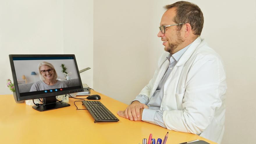 Soluciona tus problemas de espalda desde casa con las consultas médicas online del doctor Lizón