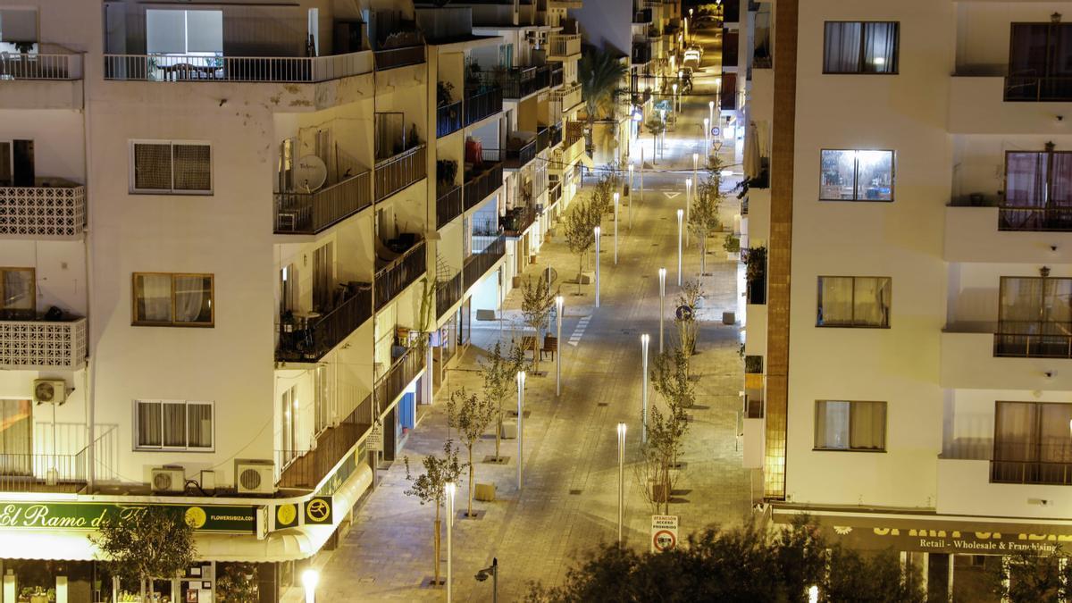 Una calle del municipios de Santa Eulària, en una imagen de archivo.