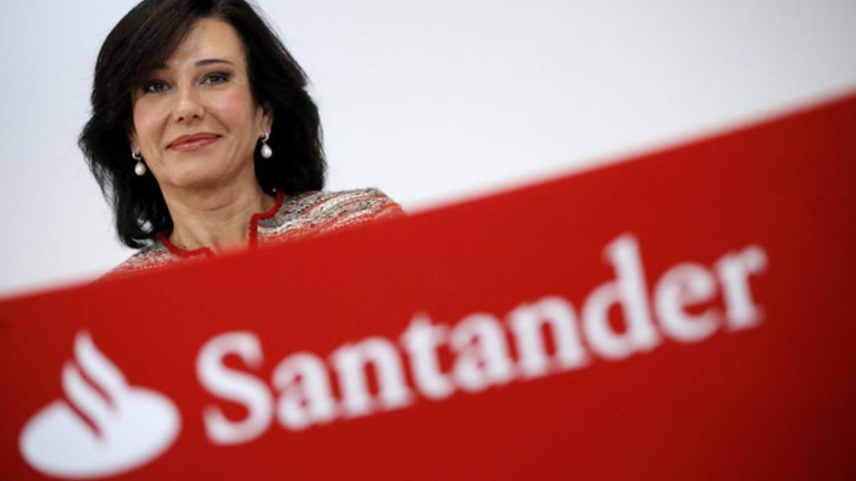 Botín defiende la fortaleza del Santander para pagar dividendo