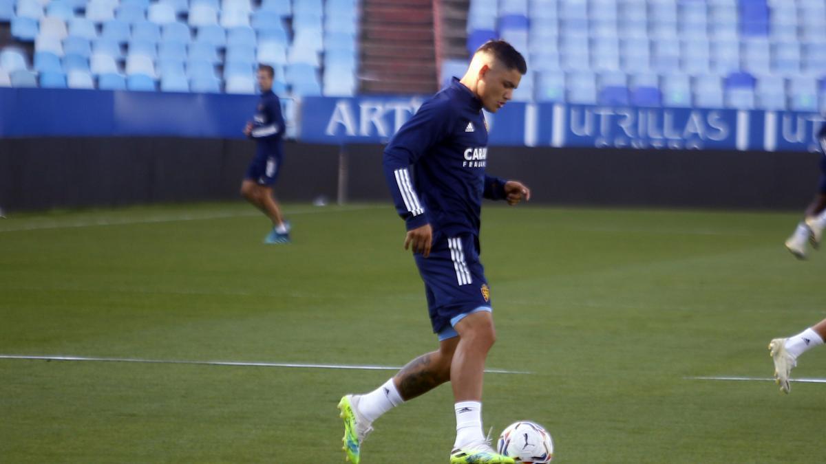 El Toro Fernández, en un entrenamiento con el Real Zaragoza.