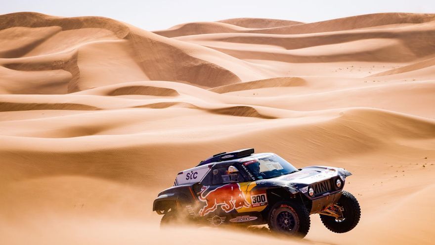 Sainz perd mitja hora i Barreda cedeix el lideratge al Dakar