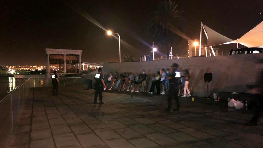 55 denuncias por no llevar mascarilla en Santa Catalina y en el Polígono Cruz de Piedra