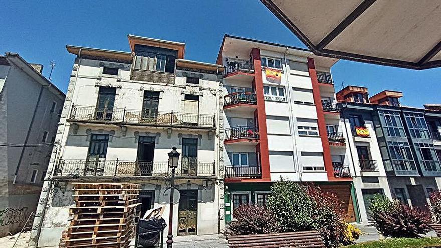 Siero reforzará la inspección sobre los edificios de más de 50 años de antigüedad