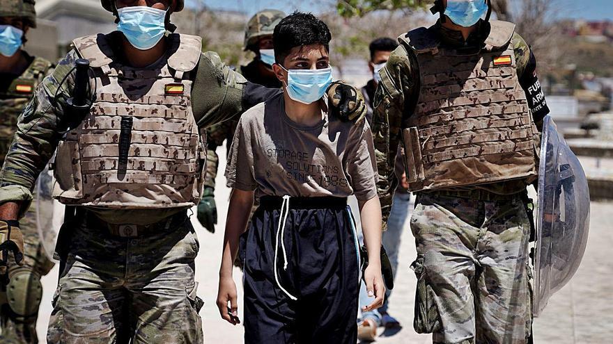 El fiscal investiga la devolució «en calent» de menors a Ceuta
