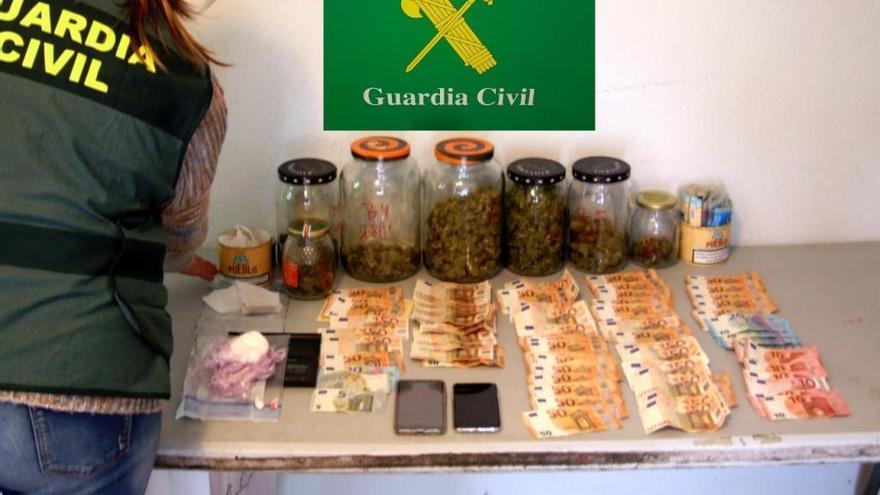 Prisión para un vecino de Viana que vendía drogas en locales de A Gudiña