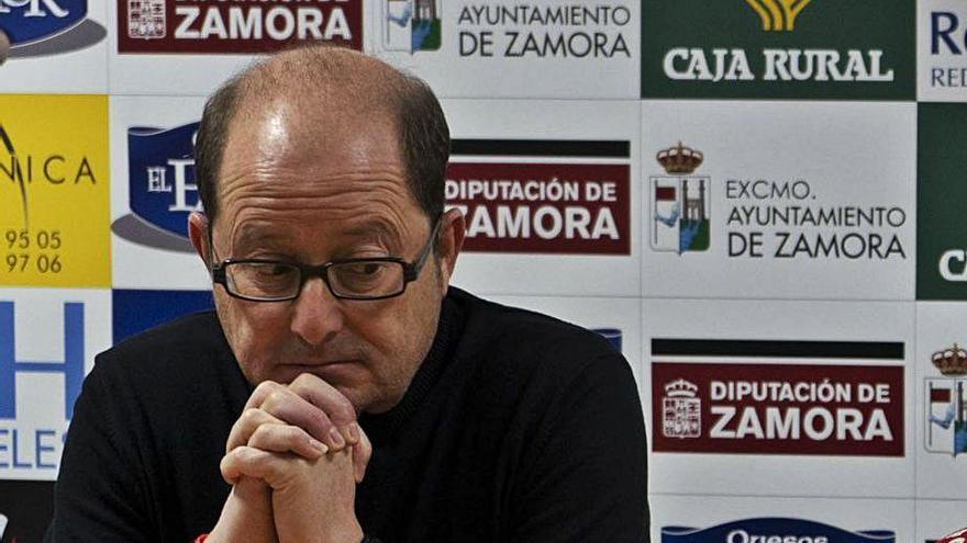 El CD Zamarat confía en anunciar hoy a su nuevo técnico