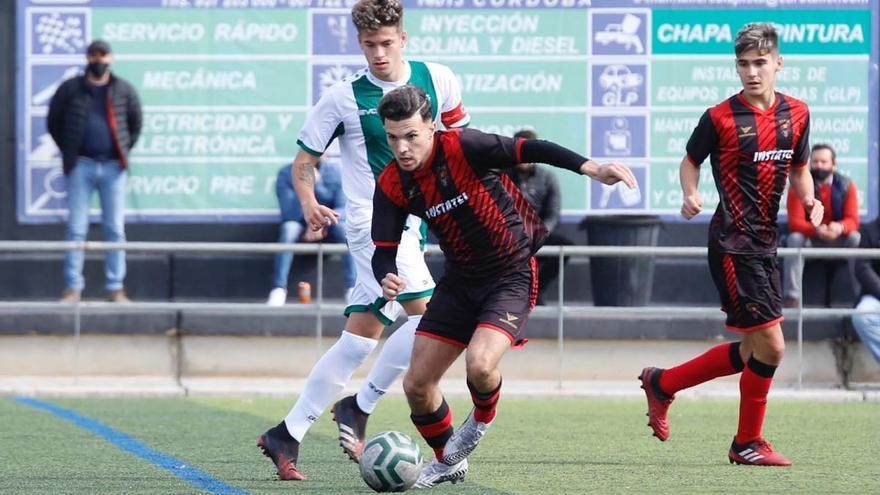 El Séneca doblega al Córdoba en el derbi juvenil