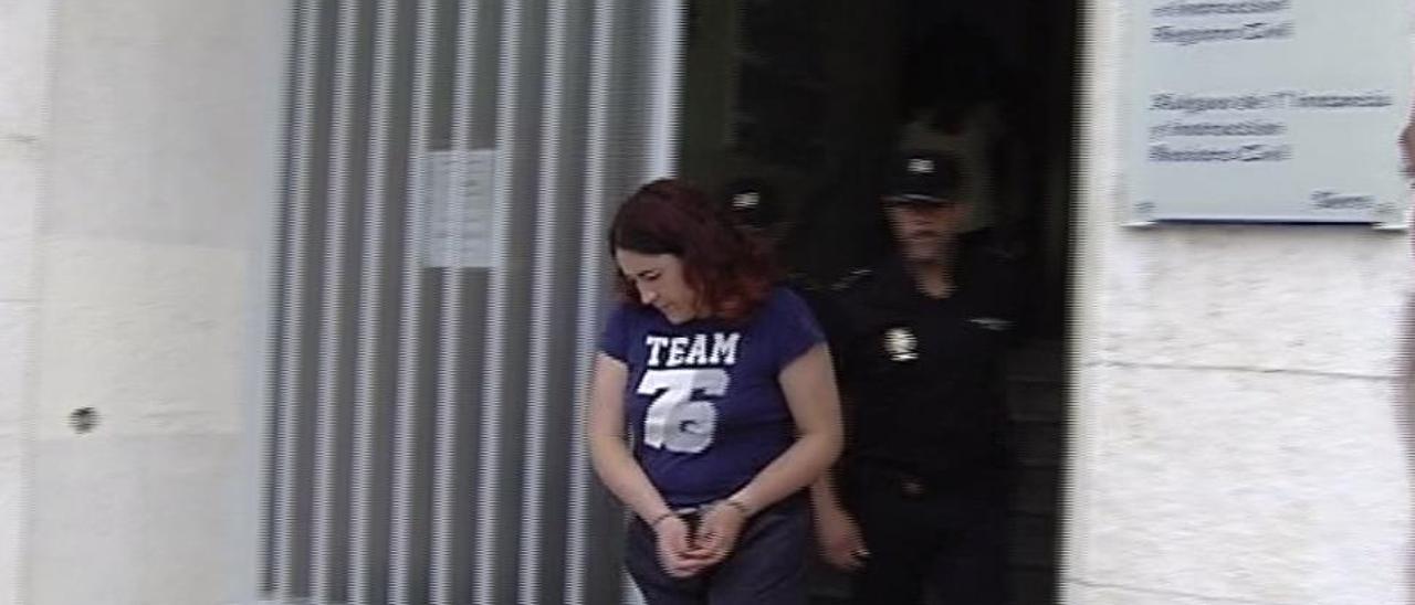 La mujer que mató a su novio de 35 puñaladas en Lugones seguirá en prisión