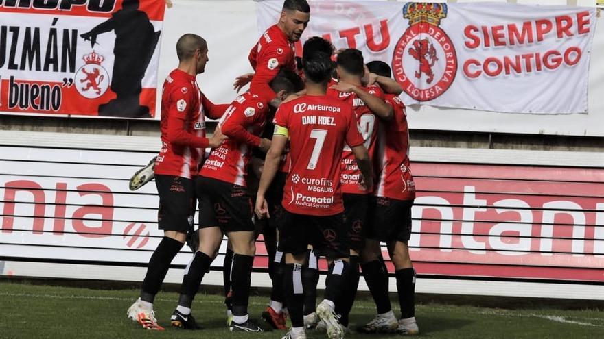 Gran triunfo del Zamora CF ante la Cultural Leonesa para seguir soñando con el ascenso a Segunda