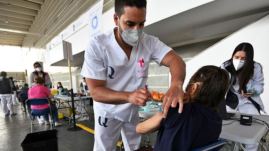 La vacunación continúa en el área con 9.000 personas de 75 a 79 años que recibirán Pfizer