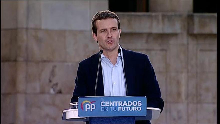 """Casado insta a unir el voto en torno al PP para """"dar un correctivo a Sánchez"""""""
