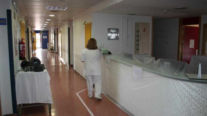 Exigen la apertura de la planta de Traumatología del hospital de Lorca