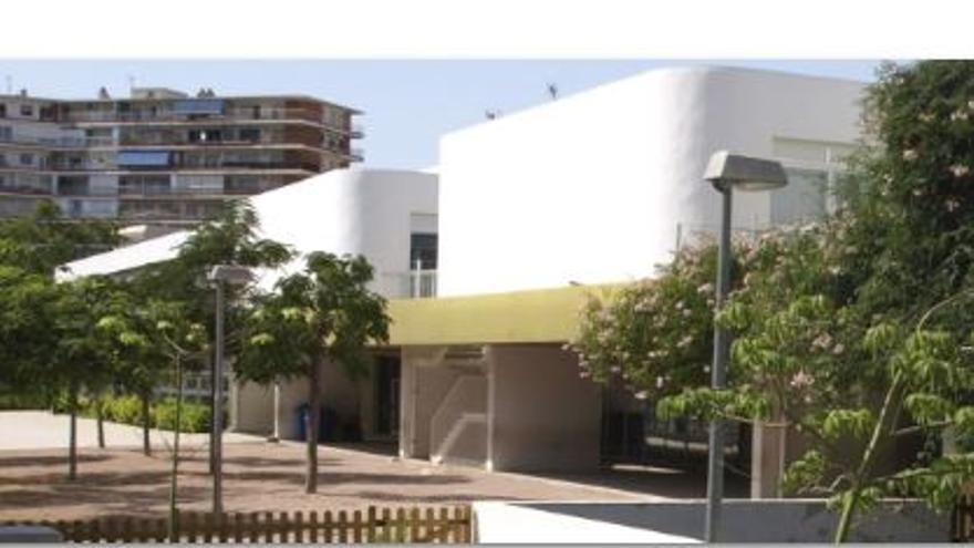 Confinados los niños de un aula del colegio Costa Blanca en Alicante