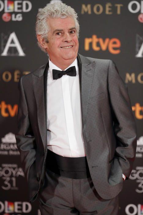 GRA410. MADRID, 04/02/2017.- El actor Willy Montesinos posa a su llegada a la gala de la XXXI edición de los Premios Goya del cine español que se celebra en el Marriott Auditorium Hotel, en Madrid. EFE/JuanJo Martín