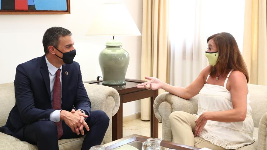 Armengol pide a Sánchez test covid para los viajeros llegados de la península