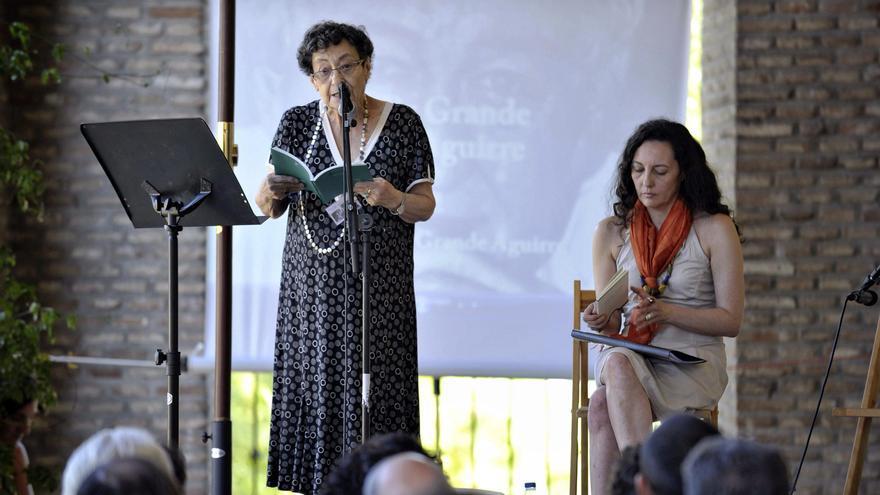 Muere la poeta Guadalupe Grande, hija de la escritora alicantina Paca Aguirre