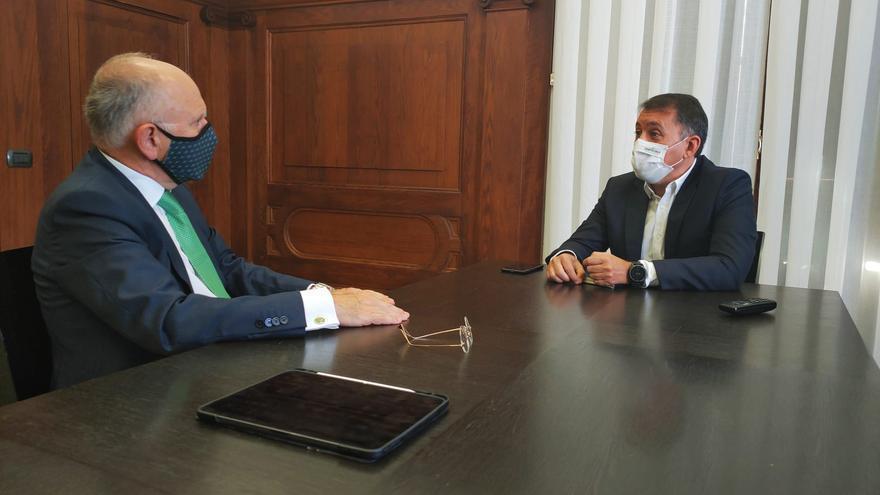 Binter y Santa Cruz emplazan al Cabildo a financiar nuevas rutas aéreas en Tenerife