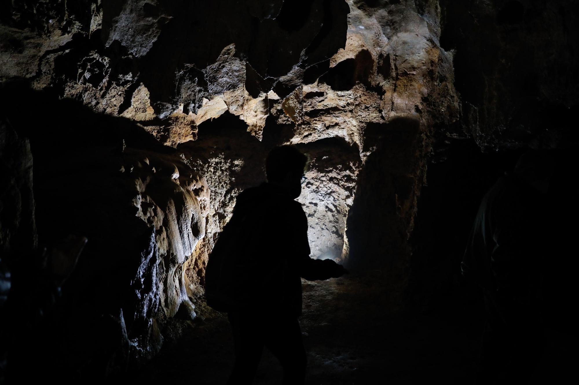 El tesoro de Arbedales, la gruta desconocida de Pillarno, en Castrillón
